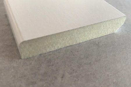 5-6. MDF plint wit gegrond 12x68 mm